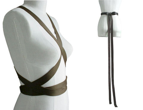 Leather,wrap,body,harness,leather body harness,body harness,minimalist fashion,trending fashion,brown body harness,goth fashion,avant garde fashion,fashion accessories,leather wrapping belt.leather wrapping harness
