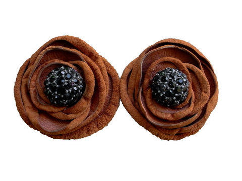 Rustic,leather,flower,shoe,clips,,tobacco,&,black,rustic wedding,wedding inspiration,leather flowers,shoe clips,flower shoe clips,fashion accessories,fashion blogger,shopping,fashion,style,rust flower,antique glass buttons,one of a kind,ooak,suede flowers