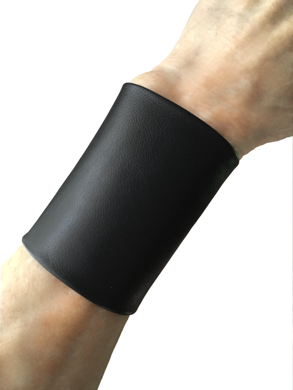 "Essential basic 3"" wide lambskin cuff, black lambskin - product images  of"