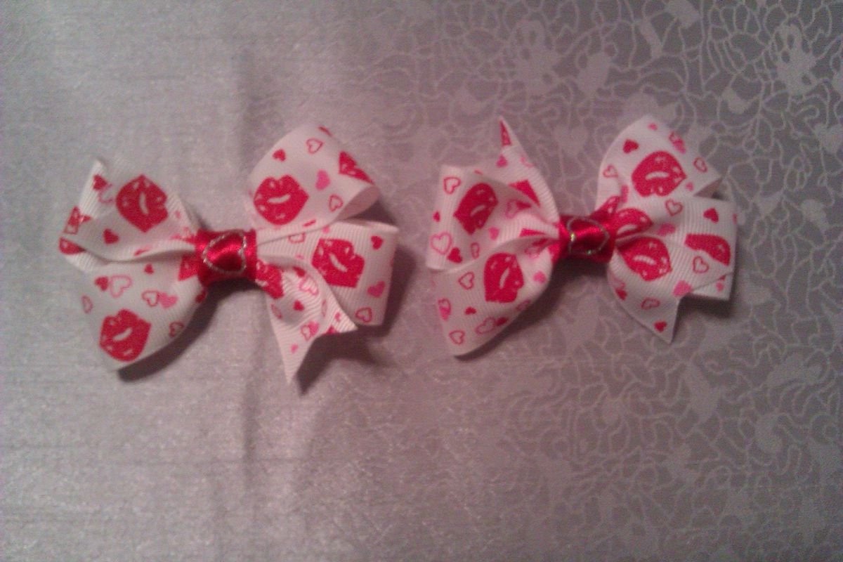Kisses Piggie Tail Bows - product image