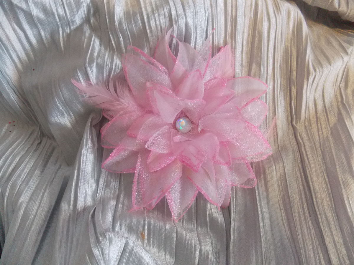 6 inch Sparkle Flowers - product image