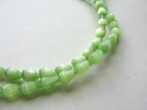 Green,5x7mm,Faceted,Teardrop,Cateye,Glass,Beads,cat_eye_beads,green_glass_beads,green_beads,glass_beads,green_teardrops,7x5mm teardrop beads,cateye_teardrops,glass_teardrop_beads,beads, Beads2string, bead store, online bead store