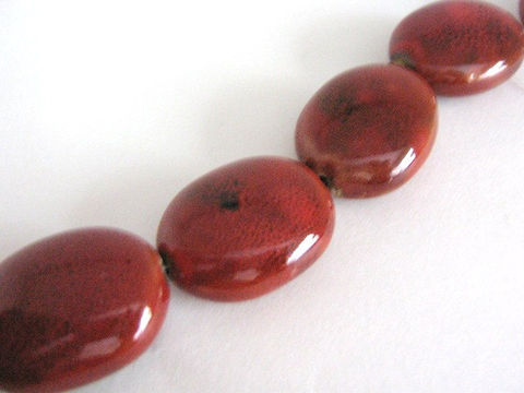 Red,28x22mm,Flat,Oval,Porcelain,Beads,beads,porcelain beads,red oval beads,oval beads,flat oval beads,28mm_oval_beads,22x28mm oval_beads,ceramic beads,pottery beads,Beads2string,red porcelain beads, red beads, oval porcelain beads, bead store,craft_store