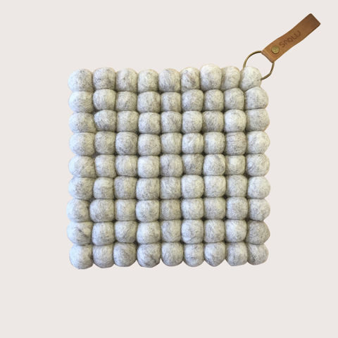 Snow,Trivet,-,Natural,trivet, felt, felt ball trivet, ball, felted, scandi, scandinavian, design, scandi design, danish, denmark, danish design, danish homewares, homewares, home accessories, living danishly, live danishly, danishly, live