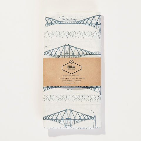 'Forth,Bridge',Tea,Towel,-,Wexford,Linen,braw scotland, braw, scottish, home accessories, homewares, forth, forth bridge, fife, firth of forth, bridge, engineering print, engineering, scottish engineering, scottish history, landmark, scottish landmark, nautical, sailing, ships, harbour, sea