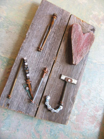 I,Heart,...,Sign,Love sign, metal, wood, salvage, scrap metal, reclaimed art, recycled art, I heart