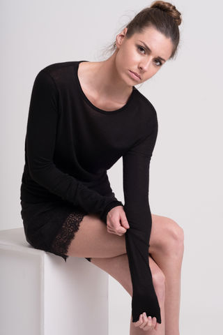 Tonto, basic knit, scoop neck, cashmere silk, round neck, black sweater