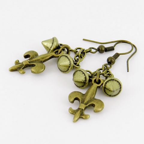 Spike,Earrings,with,Fleur-de-Lis,Charms,Jewelry,fleur_de_lis,french_symbol,charm_earrings,fleur-de-lis_charm,Saints,Antique_brass,metal_earrings,stud_accents,spike_jewelry,earwires,chain,fleur de lis charms,spike connectors