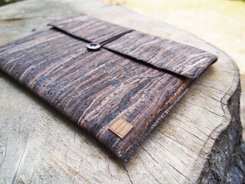 "Wooden grain cork computer / talet bag (custom made for any model between 8""-11.1"") - product images  of"
