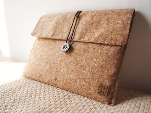 Cork,computer,/,tablet,bag,(custom,made,for,any,model,between,8.1-11)