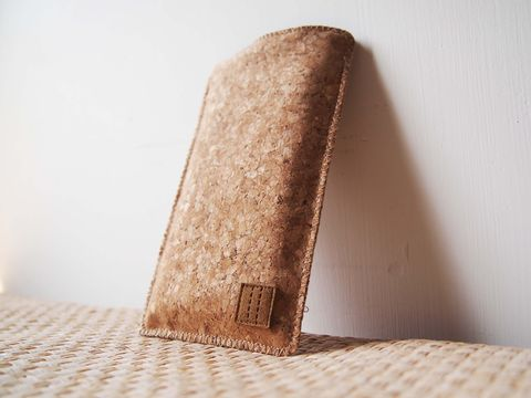 Cork,phone,sleeve,(custom,made,for,any,model)