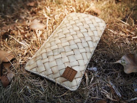 Coconut,leave,phone,sleeve,(custom,made,for,any,model)