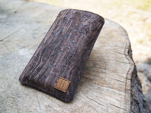 Wooden,grain,cork,phone,sleeve,(custom,made,for,any,model)
