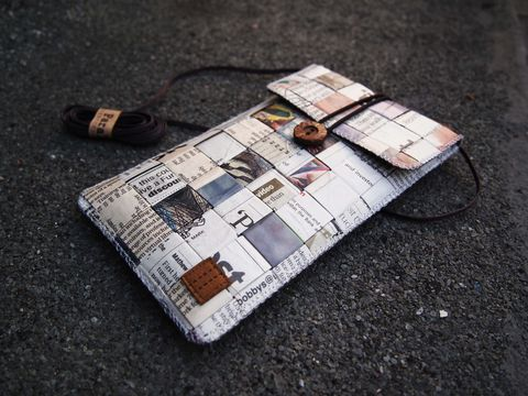 Newspaper,phone,bag,(vertical),(custom,made,for,any,model)