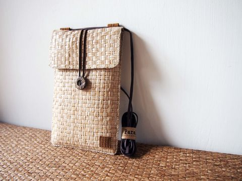 White,brown,grass,woven,phone,bag,with,cover,(vertical),(custom,made,for,any,model)