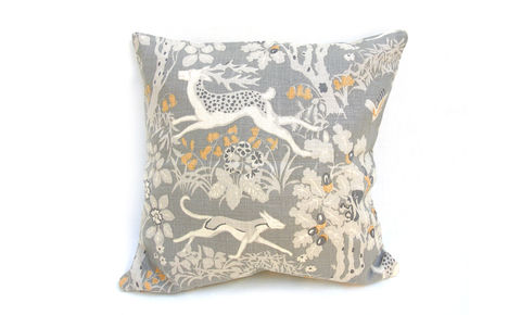 Stag,and,Hounds,Cushion,Cover,18