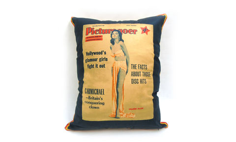 Picture,Goer,Valerie,Allen,Cushion,Cover,20,x,16