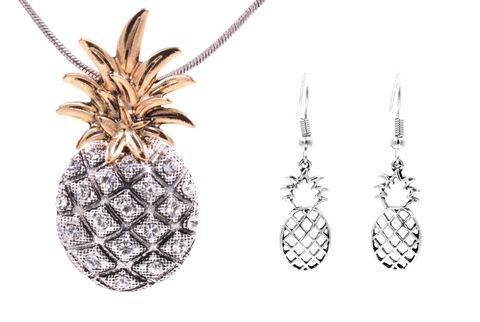 Chunky,Pineapple,Pendant,Necklace,and,Earrings,Set,with,Crystals,in,Antique,Silver,Tone,18'',-,20'',(in,organza,bag),Chunky Pineapple Pendant Necklace and Earrings Set with Crystals in Antique Silver Tone 18'' - 20'' - Cute Fun and Quirky (in organza bag)