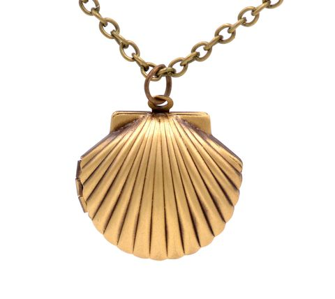 Brass,Tone,Shell,Locket,Pendant,Necklace,Can,be,Opened,-,20'',Cute,and,Quirky,(in,organza,bag),Brass Tone Shell Locket Pendant Necklace Can be Opened - 20'' - Cute and Quirky  (in organza bag)