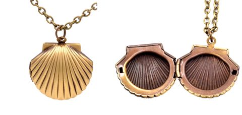 Brass,Tone,Shell,Locket,Pendant,Necklace,-,20'',Cute,and,Quirky,(in,organza,bag),Brass Tone Shell Locket Pendant Necklace - 20'' - Cute and Quirky  (in organza bag)