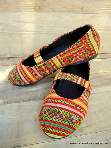 Ballet,Flat,Style,Girls,Shoes,in,Ethnic,Hmong,Colorful,Embroidery,Children,Clothing,childrens,boho,hippie,vegan_shoes,Hmong_embroidery,ethnic_childrens,Hmong_shoes,handmade_shoes,2_3,ballet_flats,girls,shoes,embroidered_shoes,cotton,rubber,Hmong embroidery