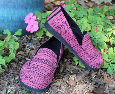 Jesse,Womens,Loafers,Hmong,Batik,On,Pink,Clothing,Shoes,Men,Vegan,Comfort,Casual,Tribal,pink,shoes,Hmong_batik,slip_on_shoes,hill_tribe_shoes,womens,boho_shoes,handmade_shoes,cotton,rubber sole,vegan,Hmong batik