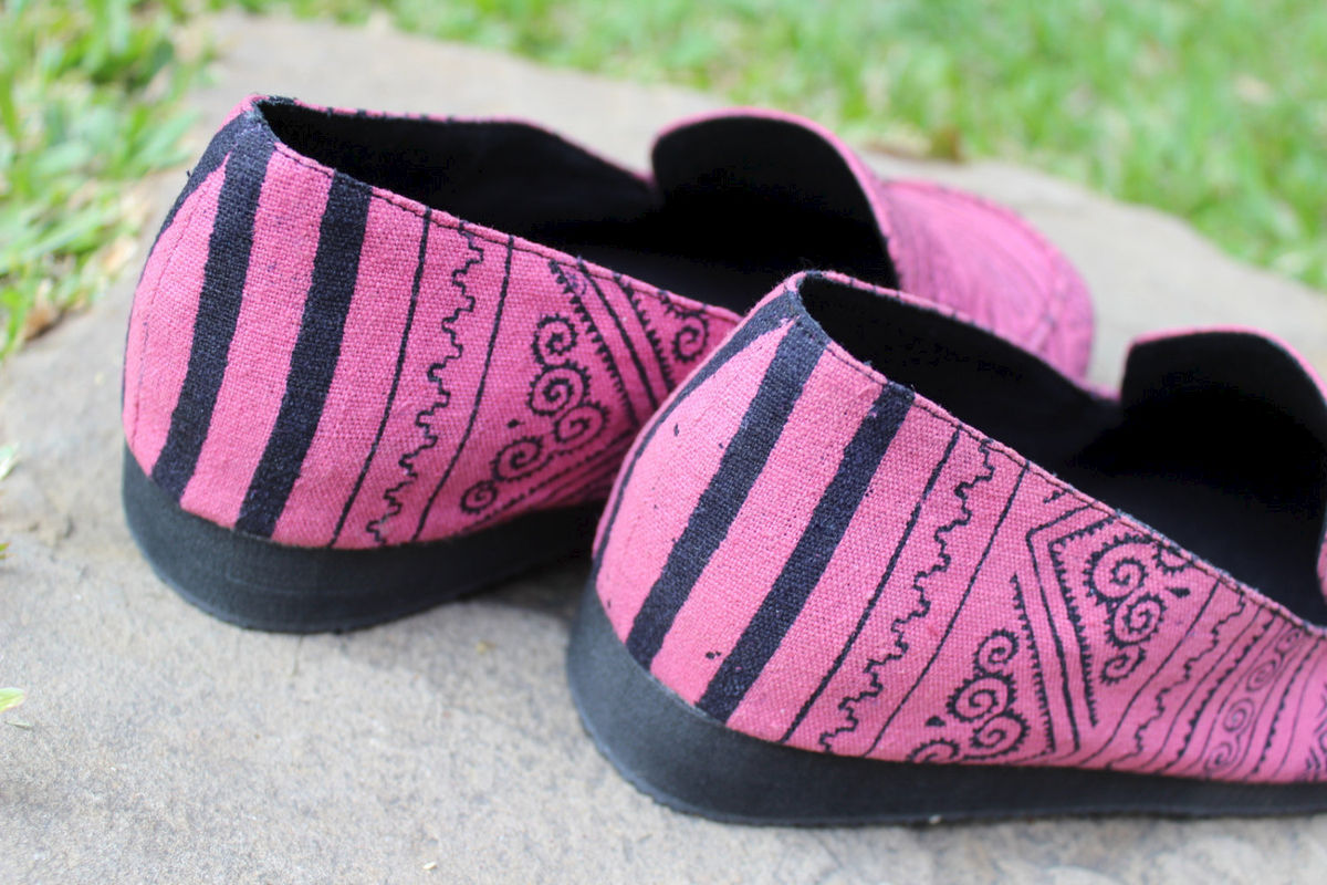 Jesse Womens Loafers Hmong Batik On Pink - product images  of