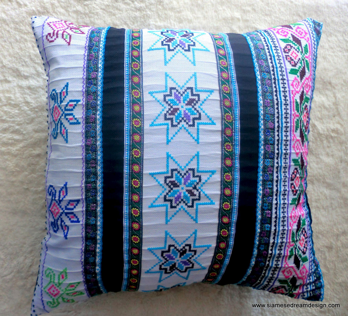 "20"" White Vintage Embroidery Cross Stitch Hmong Pillow / Cushion Cover - product images  of"