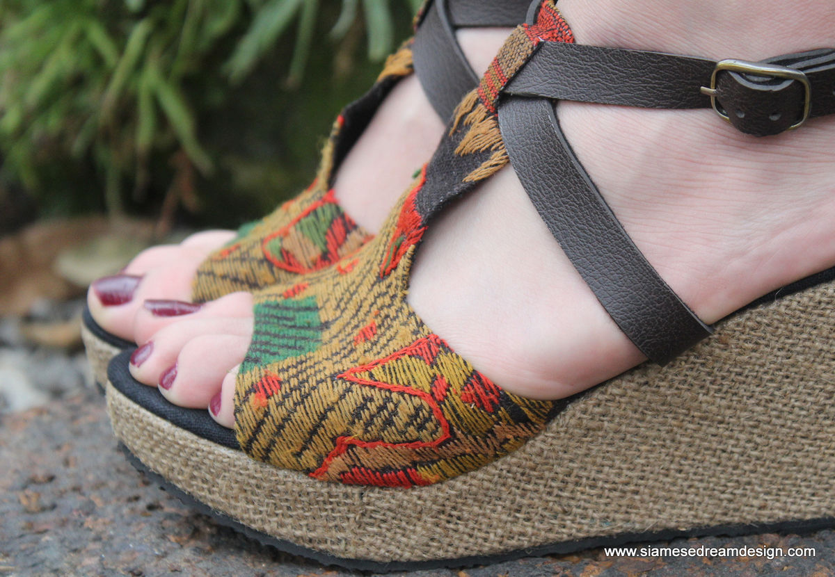Leighanna Womens Earthy Ethnic Wedge Heel Sandals Laos Embroidery - product images  of