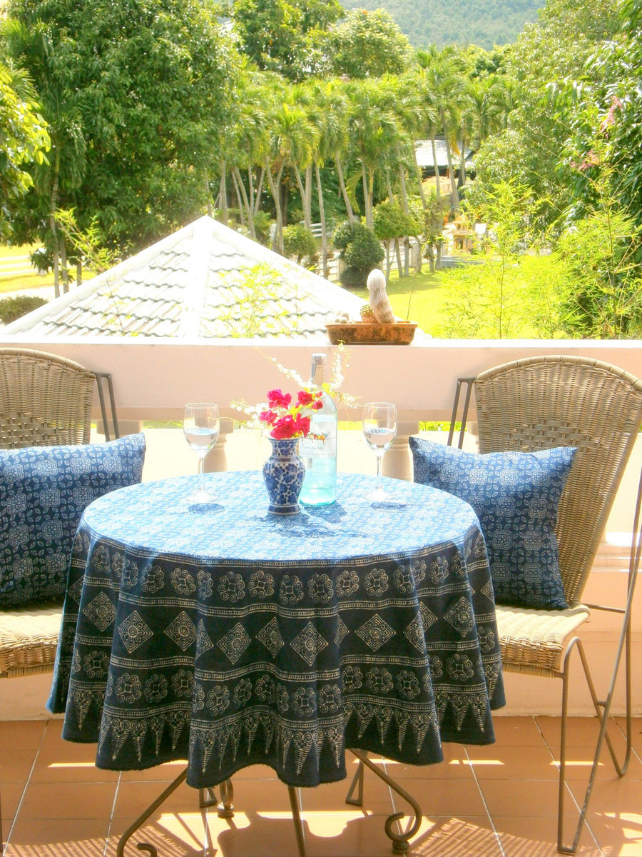 Round Table Cloth In Hmong Indigo Batik Cotton 90, 75 Or 60 Inches