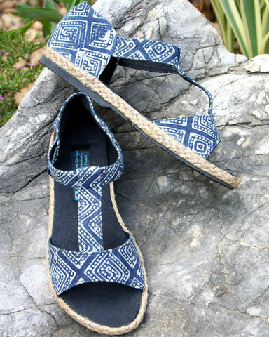 Lindsay,T-Strap,Womens,Sandals,In,Hmong,Indigo,Batik,Clothing,Shoes,womens boho Sandals,Ethnic sandals,Vegan,Hmong indigo batik,Womens batik Sandal,Vegan_Shoes,Tribal_Shoes,Womens_Shoes,Womens_Sandal,10,cotton,natural cotton,embroidered,batik,vegan