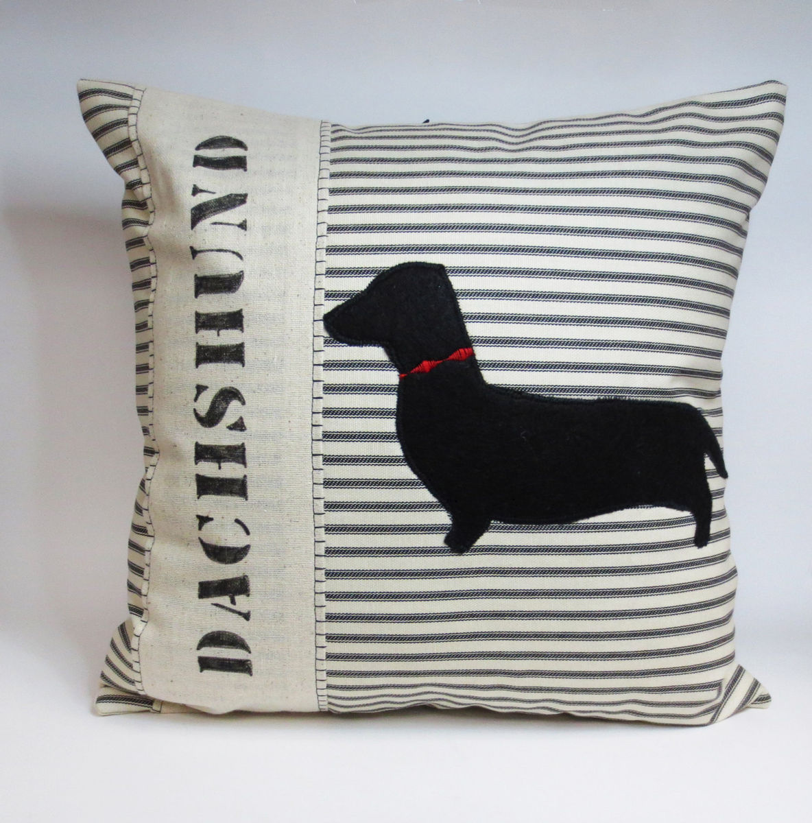 Bulldog Silhouette Pillow Felt,silhouette,pillow