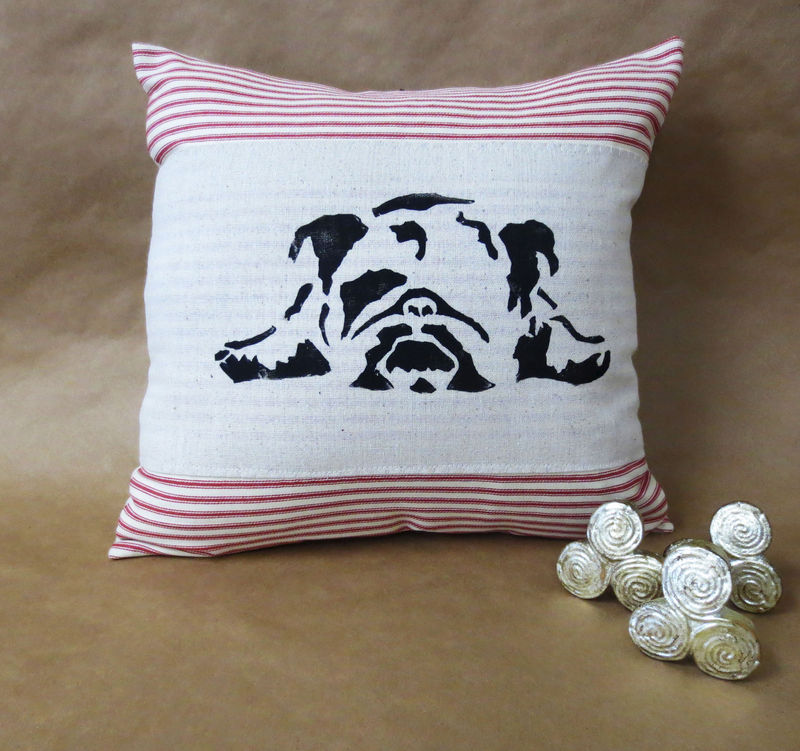 Bulldog Silhouette Pillow Dog Silhouette Pillows