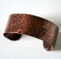 Hawthorn,-,Unisex,Copper,Cuff,Bracelet,Made,to,Order-Free,Shipping,jewelry,bracelet,cuff,copper,unisex,man,woman,nature,rustic,wabibrookstudio,ohcanadateam,brown,aspiringmetalsteam,ontario_canada,microcrystalline_wax