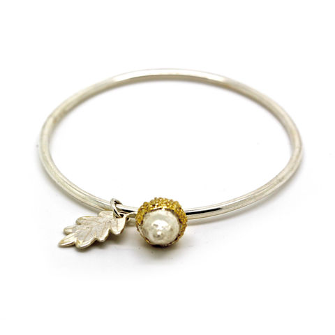 Two-toned,acorn,&,leaf,bangle,by,KristinM,acorn necklace