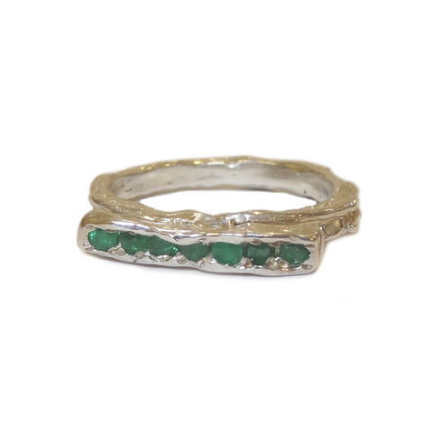 Enlace,ring,silver,with,emeralds,by,LaParra,Jewels,organic silver emerald ring