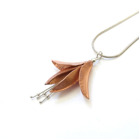 Copper,Fuchsia,Necklace,by,nbNg,flower pendant