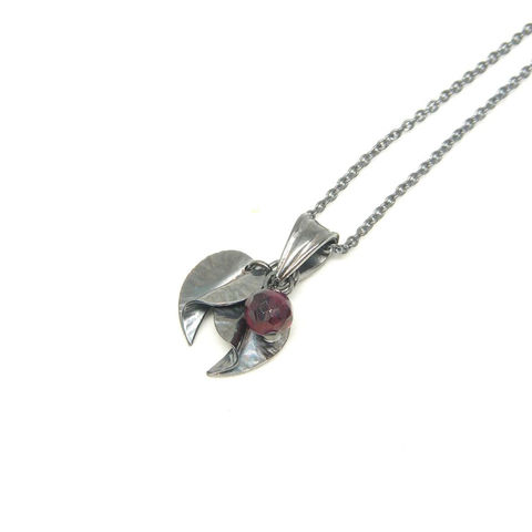 Garnet,Oxidised,Tiny,Leaves,pendant,by,nbNg,flower pendant, silver and garnet pendant