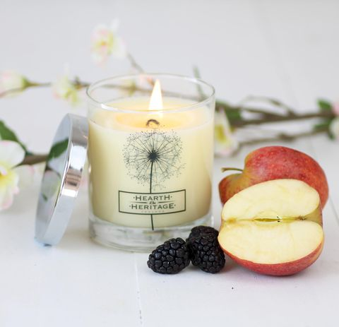 Forest,Garden,Natural,Wax,Scented,Candle,rhubarb, green apple, lily, lilac, violet, musk, woody, Soy wax, strong scented candle, made in uk, english candle, natural candle