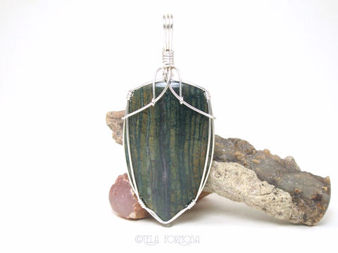 Hampton,Butte,Green,Petrified,Wood,Pendant,Fossil,Stone,Natural,Sterling,Silver,Wire,Wrapped,Jewelry,Wire_Wrapped_Pendant,Petrified_Wood,wood_Pendant,Hampton_Butte,Fossil_Stone,Natural_Stone,stone_Cabochon,cabochon_Pendant,Sterling_Silver,Green_Pendant,green_petrified_wood,wire_wrapped,natural stone,sterling silver wire