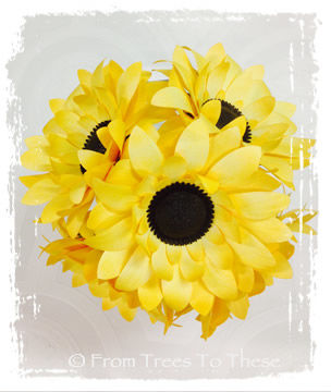 Sunflower,Bouquet,Set,Weddings,Sunflower_Bouquet,paper_flower,paper_flowers,sunflower,yellow_flower,yellow_bouquet,paper_sunflowers,sunflower_paper,bouquet,paper_bouquet,paper_flower_bouquet,wedding_bouquet,paper,wire,tape,satin ribbon,floral wire, fake sunflower, pape