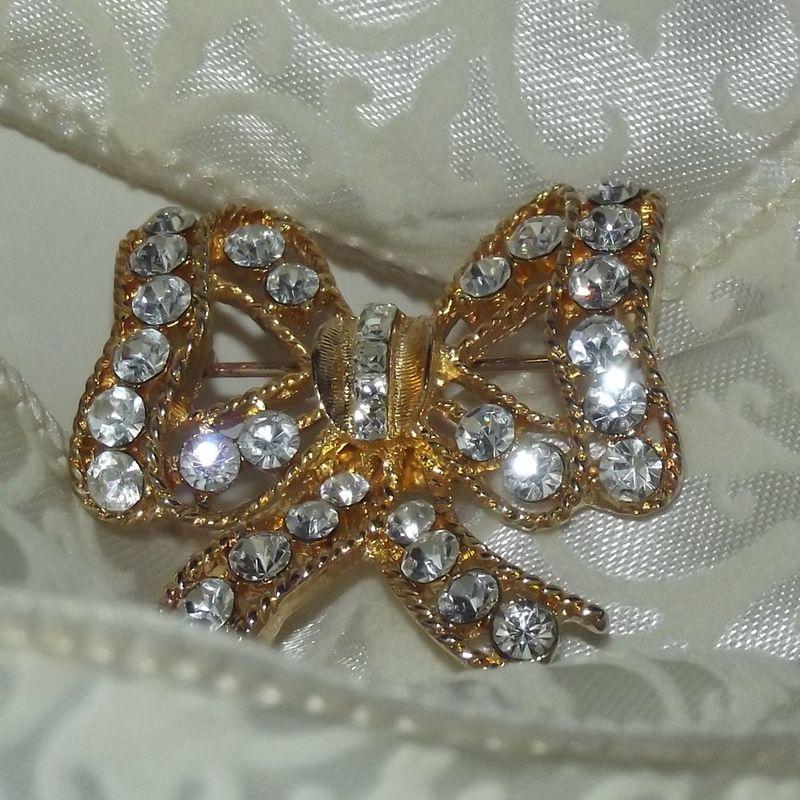 Eisenberg Ice Bow Brooch Faith S Serendipity Vintage Jewelry