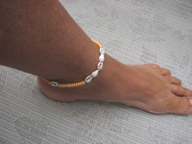 Sea Shell Ankle Bracelet Orange Bits Off The Beach