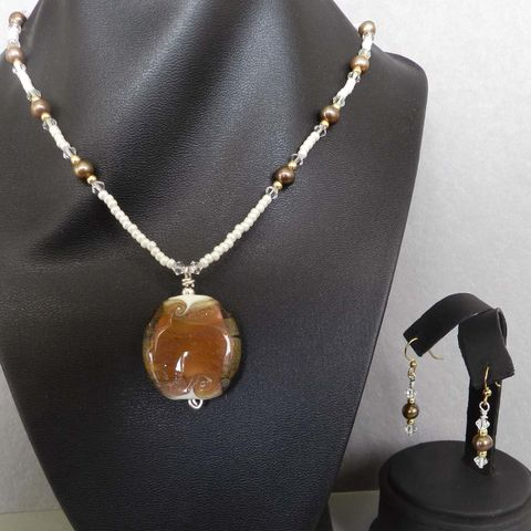 Flame,Worked,Glass,Beaded,Necklace,in,Gold,Flamework, Lampwork, Glass, Necklace, Gold, Ivory, Bead, OOAK