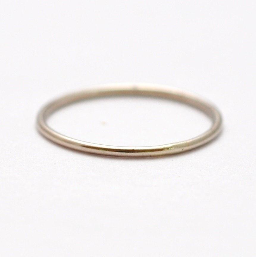 14k simple white gold ring blue ridge notions