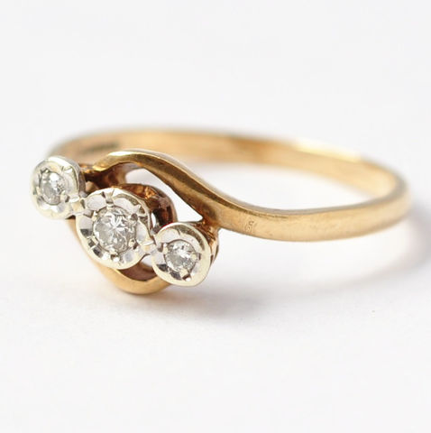 Diamond,Jewelry:,9K,Gold,,Size,6.75,Pretty Vintage Past Present Future Trilogy Triple Diamond 9K Gold Anniversary Marriage Engagement Ring Gifts for Her