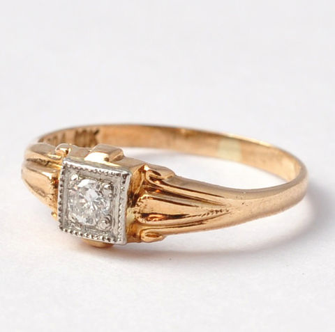 Vintage,Engagement,Rings:,10K,Gold,&,Diamond,Solitaire,,Size,3,Tiny Small Petite Solitaire Diamond 10K White Yellow Gold Vintage Engagement Rings