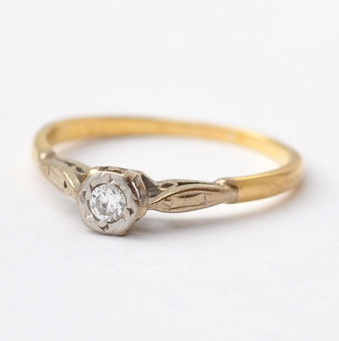 Art,Deco,Engagement,Rings:,Antique,Diamond,Solitaire,&,18K,Gold,,Size,7.75/8,Estate Antique Bead Set Diamond Solitaire 18K Gold Art Deco Womens Classic Engagement Rings