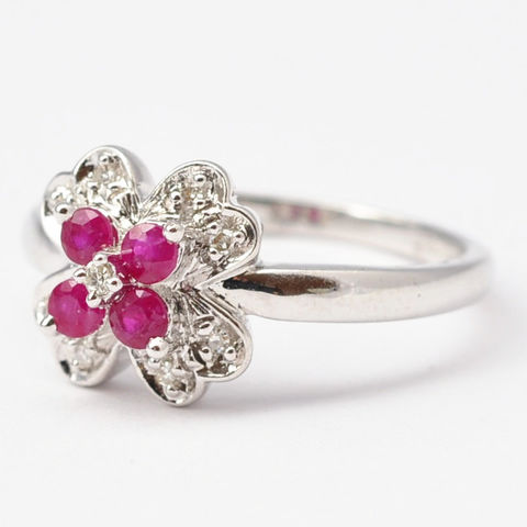 Ruby,Jewelry:,Vintage,Ruby,,Diamonds,&,9K,White,Gold,,Size,6.75,/,7,Pretty Vintage Natural Real Ruby and Diamond White Gold Daisy Flower Floral Cocktail Ring for Women