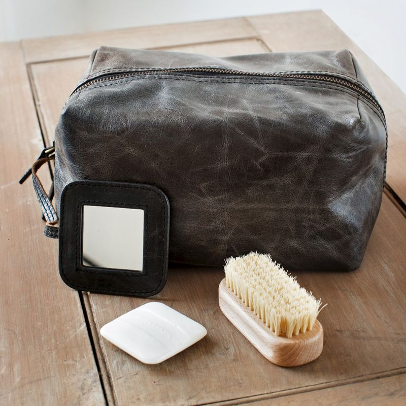 Donkey Brown Rugged Leather Wash Bag - product image